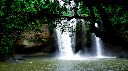 khao_yai_waterfall2