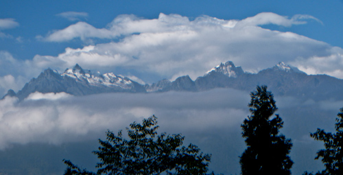pelling_mountain_view